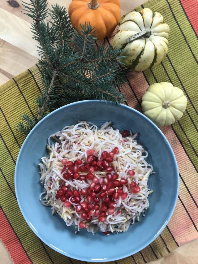 Ayvalı Alabaşlı Turp Salatası Tarifi