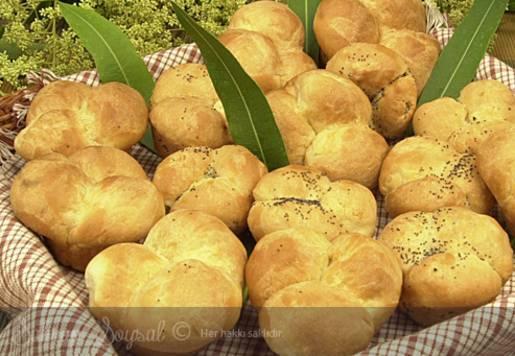Ballı Tarçınlı Ekmek Tarifi