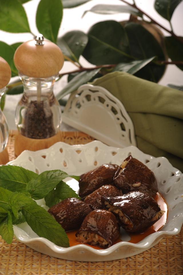 Beyrut Usulü Patlıcan Dolması Tarifi