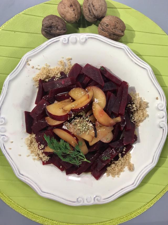 Cevizli Erikli Kırmızı Pancar Salatası-Sağlıklı Mutfak Tarifi