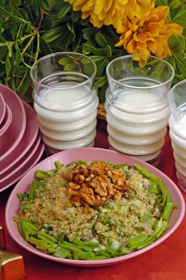 Cevizli karpuz salatası tarifi