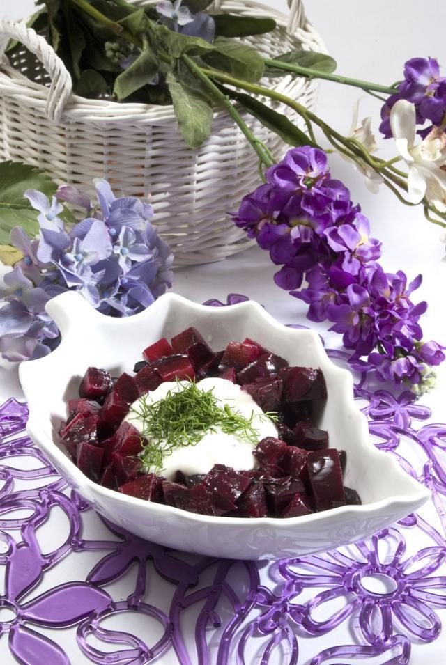 Ege Usulü Pancar Salatası Tarifi