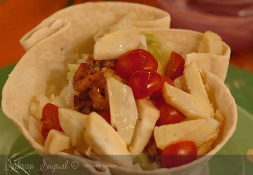 Enginarlı Diplomat Salatası Tarifi