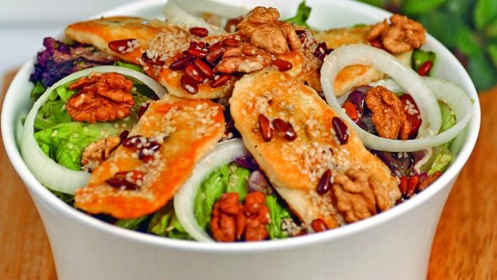 Hellim Peynirli Payanotis Salatası Tarifi