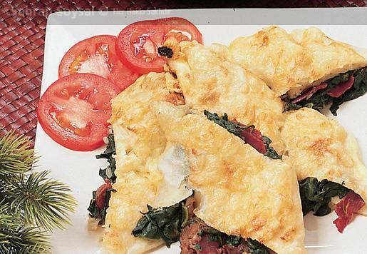 Ispanaklı Tahinli Börek Tarifi