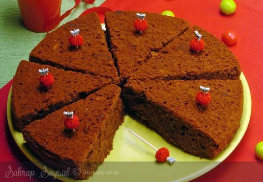 Kahve Soslu Çikolatalı Islak Kek Tarifi