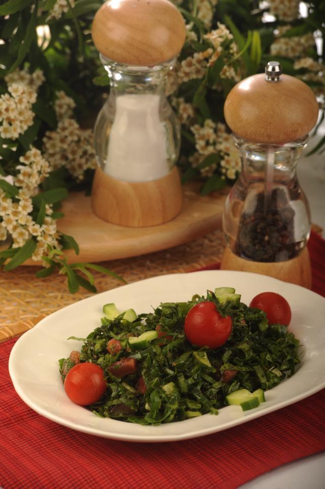 Karalahana Salatası Tarifi