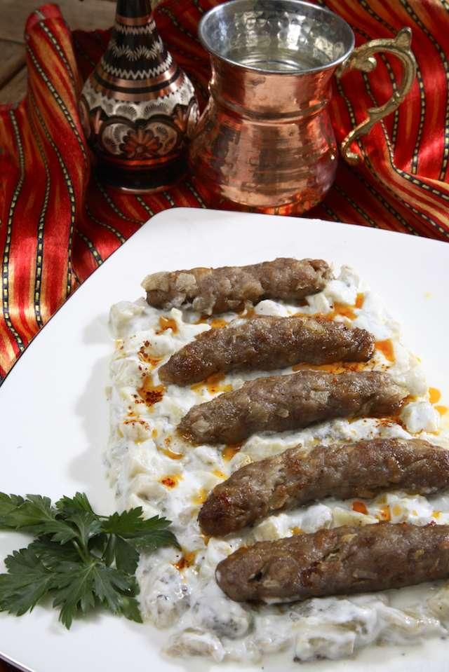 Köfteli Alinazik Kebabı Tarifi
