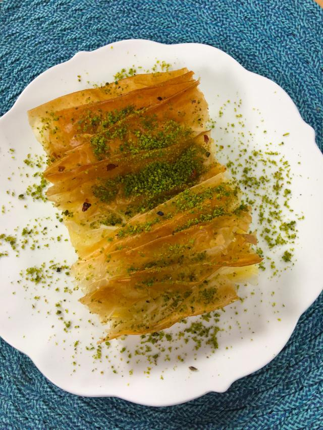 Laz Böreği-Krem Pita Tarifi