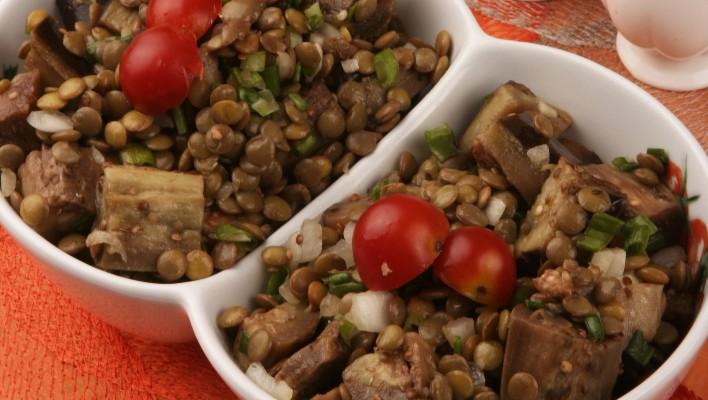 Mercimekli Patlıcan Salatası Tarifi