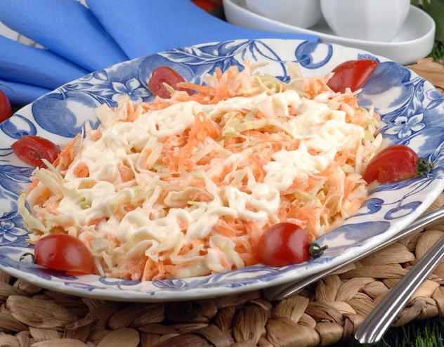 Meşhur Lahana Salatası Tarifi