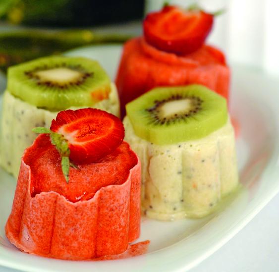 Meyveli Yoğurtlu Parfe Tarifi