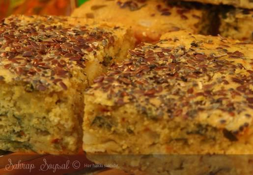 Mısır Unlu Sebzeli Kek Tarifi