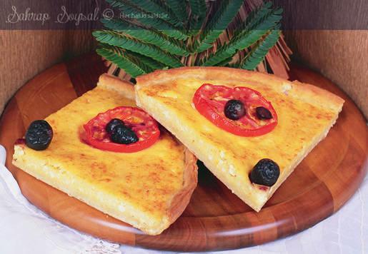 Peynirli Irmikli Yunan Pizzası Tarifi