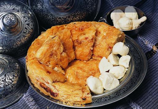 Peynirli Sütlü Börek Tarifi