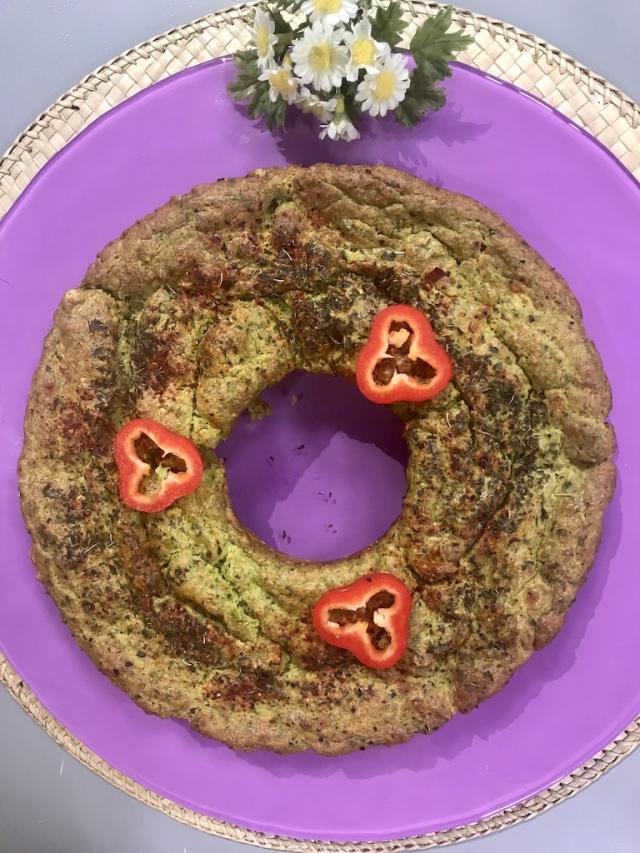Sahrap\'ın Avokadolu Ispanaklı Kek-Sağlıklı Mutfak Tarifi
