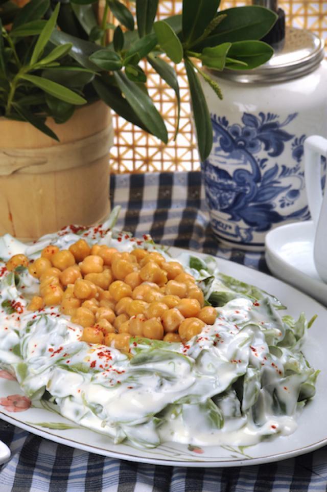 Semizotlu Ayazma Salatası Tarifi-Sağlıklı Mutfak