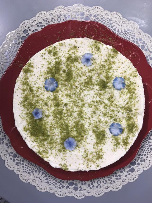 Yoğurt Kremalı Glutensiz Kek Tarifi