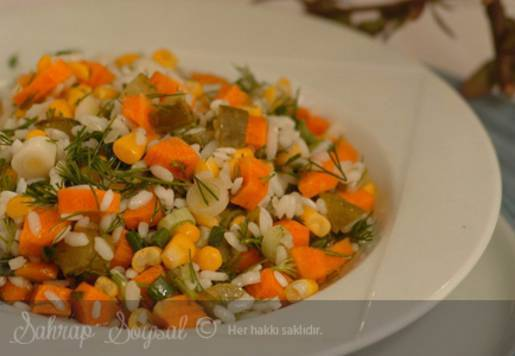 Zeytinyağlı Pirinç Salatası Tarifi