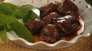 Arap Soslu Patlıcan Dolması Tarifi
