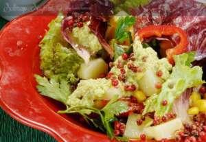 Avokado Soslu Kıvırcık Salata Tarifi