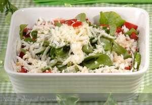 Bizim Evin Peynirli Salatası Tarifi