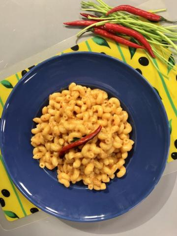 Çedar Peynirli Biberli Makarna Tarifi