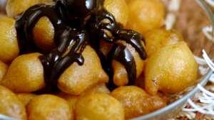 Çikolata Soslu Tarçınlı Lokma Tarifi