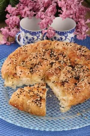 Dil Peynirli Noyan Börek Tarifi