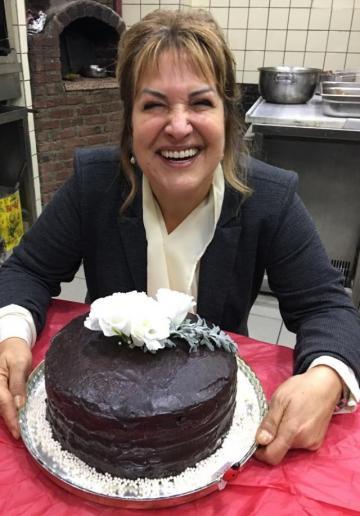 Gülçin'in Glutensiz 40. Yıl Pastası Tarifi
