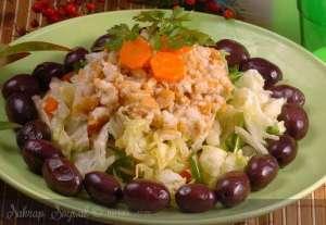 Kalamata Zeytinli Ege Salatası Tarifi