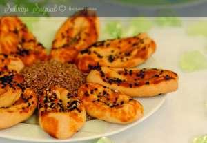 Mahlepli Çatal Çörek Tarifi