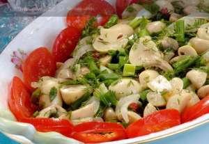 Mantarlı Bahar Salatası Tarifi