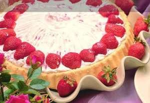 Meyveli Ayşecik Pastası Tarifi
