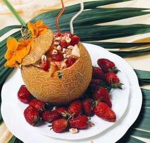 Meyveli Kavun Salatası Tarifi