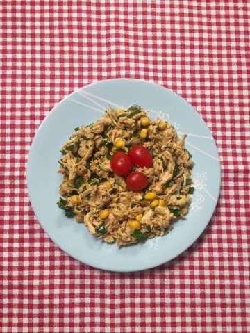 Öznur'un Hardallı Tavuk Salatası