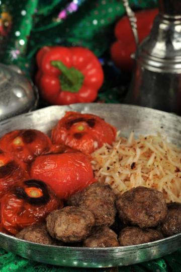 Patatesli Kıbrıs Köftesi Tarifi