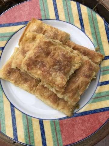 Patatesli ve Rokalı Börek Tarifi