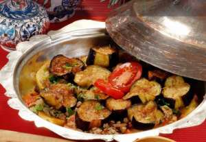 Patlıcanlı Patates Oturtması Tarifi