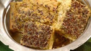 Pazılı Mısır Unu Ekmeği Tarifi