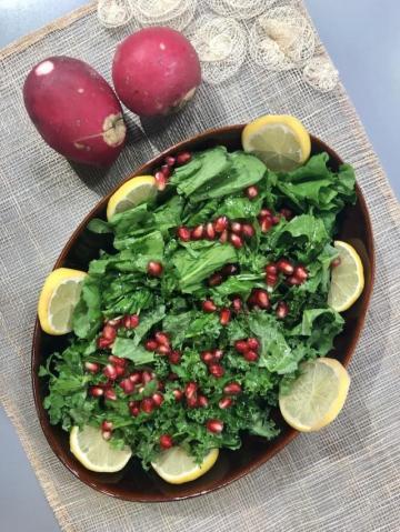 Popüler Kale Salatası Tarifi