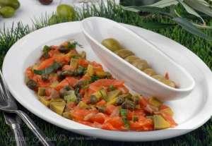 Somon Tartar Salatası Tarifi