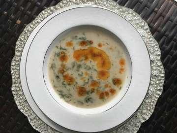 Yoğurtlu Taze Bakla Çorbası Tarifi