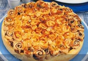 Zeytin Ezmeli Kıvırcık Börek Tarifi